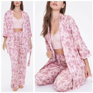 NWT Forever 21 Tie-Dye Ombre Cloud Satin Robe S